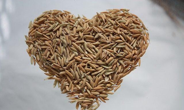 μια διαφορετική συνταγή για πιλάφι με ρύζι και πλιγούρι