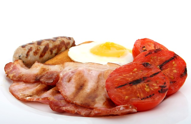 διατροφικά βήματα για να μειώσετε την κακή χοληστερόλη