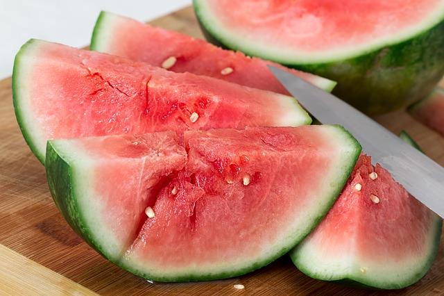 ec1671a0f05 Τα καλοκαιρινά φρούτα και η ευεργετική δράση τους στην υγεία μας ...