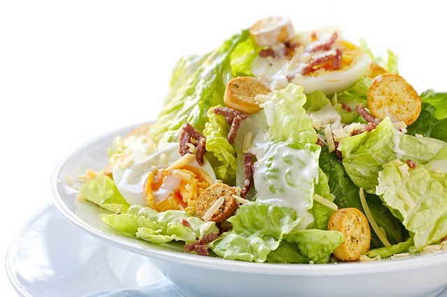 Έτοιμες σαλάτες. Πόσο ασφαλείς και θρεπτικές είναι;