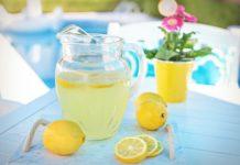 Σπιτική λεμονάδα χωρίς ζάχαρη