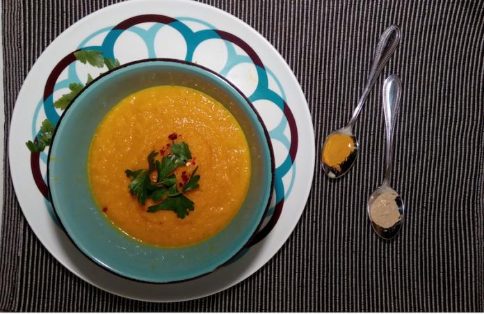 καροτόσουπα,καροτόσουπα με κουρκουμά και ginger